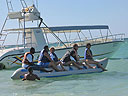 cartagena-women-boat-1104-40